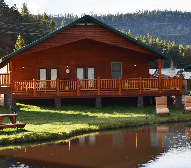 Cabins sleep 12 greer lodge arizona for Cabins near greer az