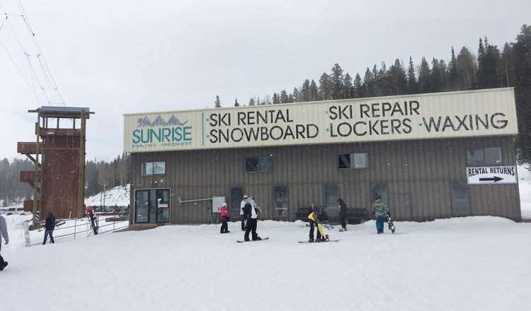 Ski Equipment Rentals at Sunrise Park Resort